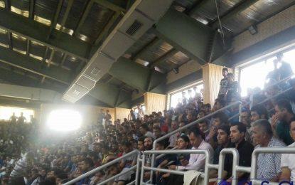 سرمربی تیم ملی مهمان ویژه دیدار ارژن و تاسیسات/ ناظم الشریعه در ابوالفتحی + عکس
