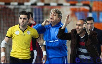 مسئولان دانشگاه آزاد با استعفای شمس موافقت کردند/ صالح گزینه اصلی نیمکت دانشگاه