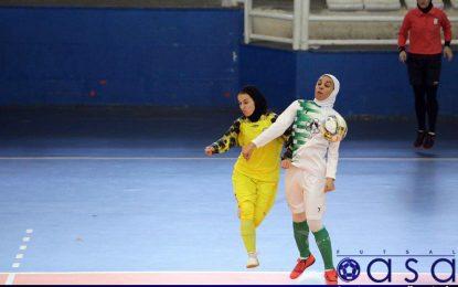 نتایج دور رفت مرحله نیمه نهایی لیگ برتر فوتسال بانوان/ تساوی رفسنجان و مشهد و برد خفیف حفاری