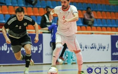 سنگ سفیدی: اولویتم بازی خارج از ایران است/طیبی از فوتبالیها هم موفقتر میشود