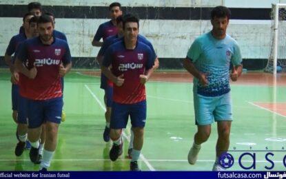 تمرینات آمادگی سن ایچ ساوه با وجود تعلیق مسابقات لیگ/ ۹۰ درصد، شاکلهی تیم حفظ شده است