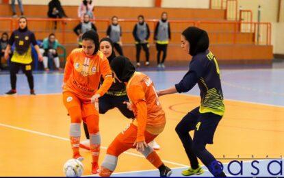 نتایج هفته سوم فینال لیگ برتر بانوان؛ آتش بازی آبادانی ها در مشهد/ سایپا سه امتیاز را با یک کامبک به حساب خود واریز کرد
