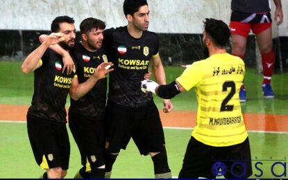 دروازه بان کوثر اصفهان بازی با شهروند را از دست داد